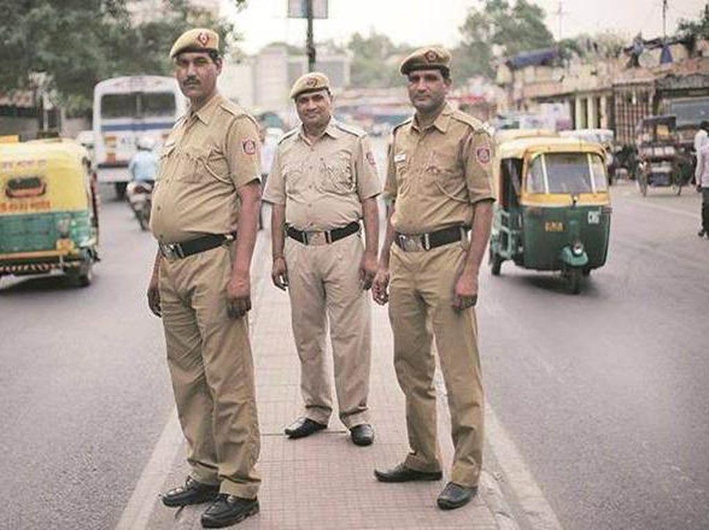Unik! Polisi yang Punya Kumis di Negara Ini Digaji Lebih Besar