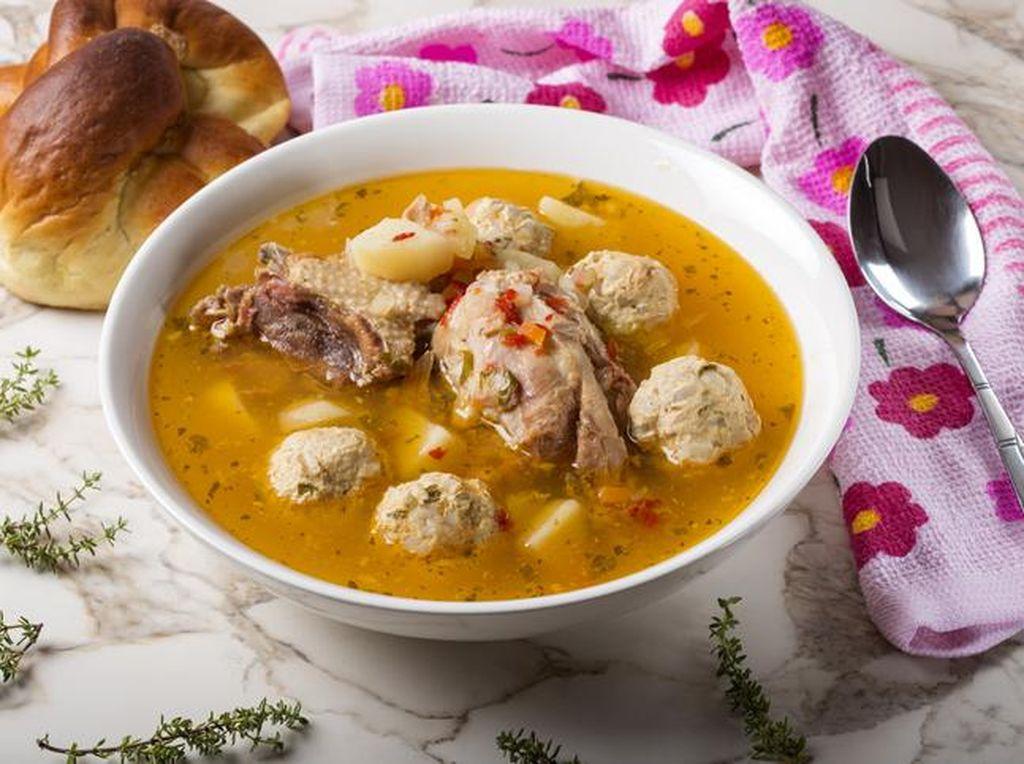 Resep Sup: Sup  Bola Ayam Pedas