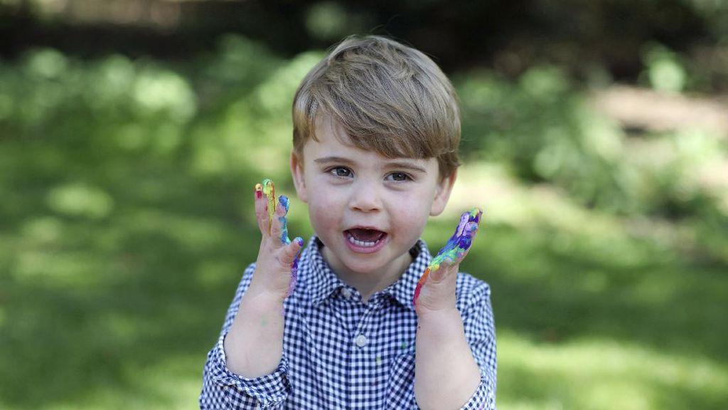 Foto Terbaru Pangeran Louis di Ulang Tahun Ke-2, Bikin Gemas!