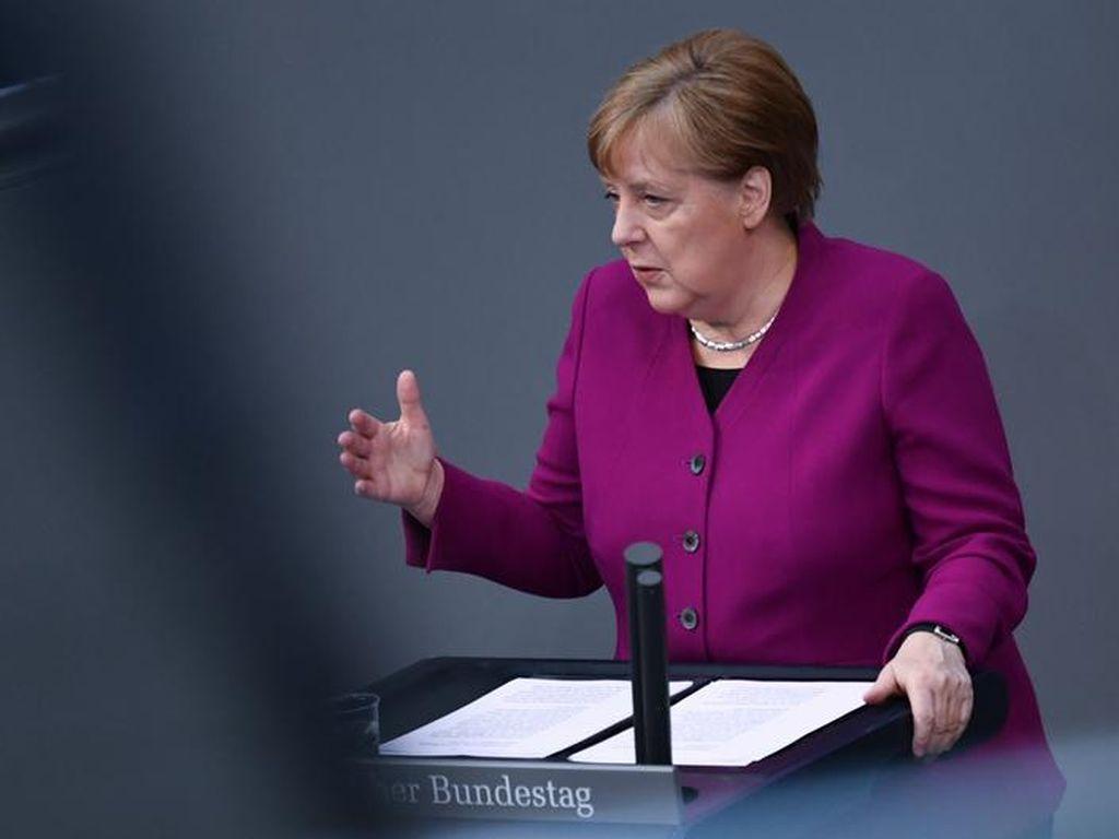 Angela Merkel Tuding China Kejam Terhadap Kaum Minoritas