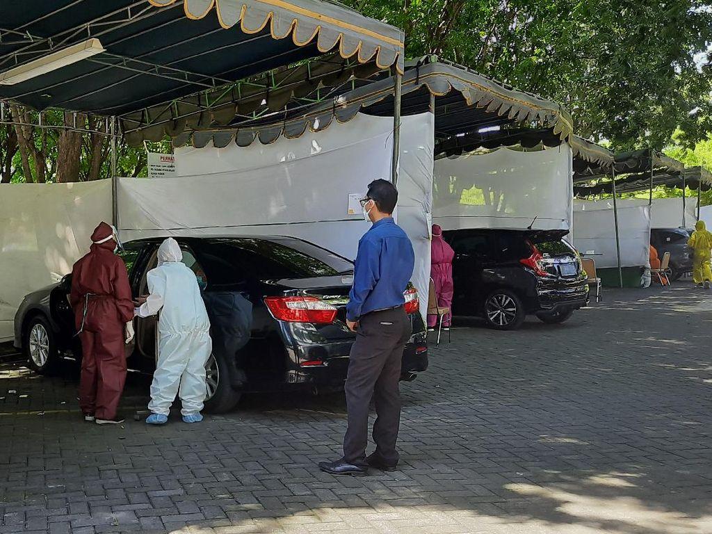 1 dari 4 Positif Rapid Test Drive Thru RS Husada Utama Tenaga Medis Surabaya