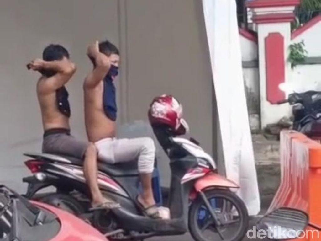 Remaja Ambon Telanjang Dada karena Tak Bermasker Saat Lewat Pos COVID-19
