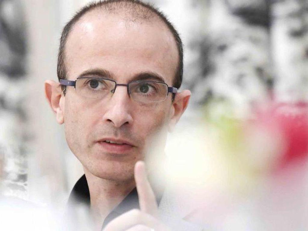 Yuval Noah Harari: Ancaman Terbesarnya Bukan Virus Corona Itu Sendiri