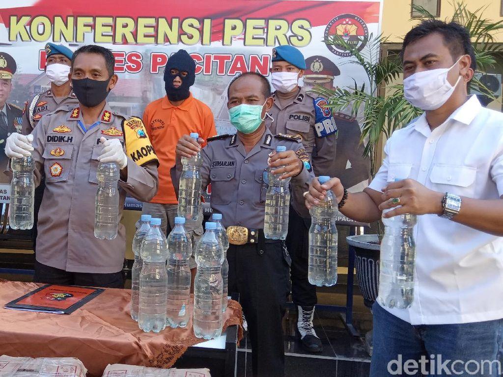 Bawa Ratusan Liter Miras, Warga Trenggalek Diamankan di Pacitan