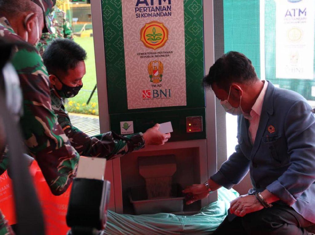 Lewat ATM Beras, Kementan Jangkau 1.000 KK Per Hari