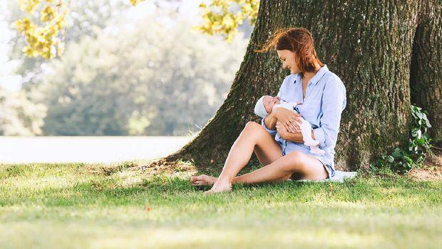 Manfaat Berjemur untuk Ibu Menyusui dan Bayinya