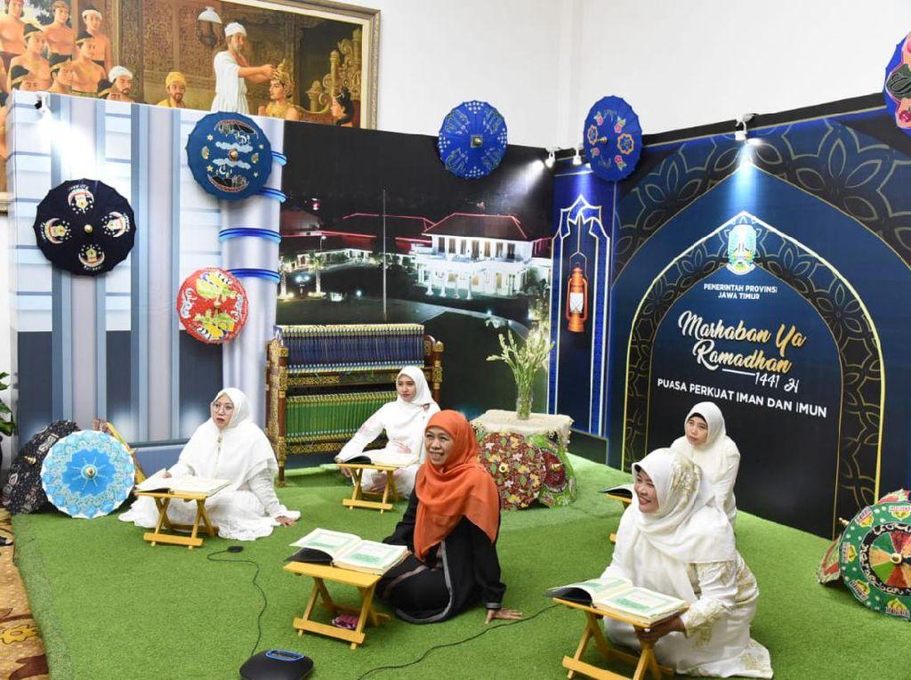 Ramadhan di Tengah Pandemi Corona, Gubernur Khofifah Gelar Tadarus Online