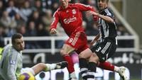 Di nomor 1 ada Fernando Torres sebagai pemain Spanyol yang paling banyak cetak gol di Liga Inggris. Dia punya koleksi 85 gol yang paling banyak dibukukan bersama Liverpool (Getty Images)