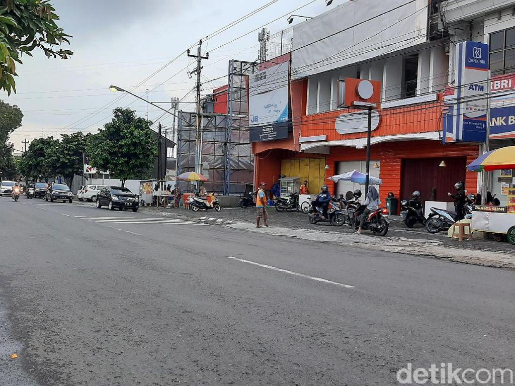 Hari Pertama Ramadhan, Penjual Takjil di Kota Purwokerto Sepi
