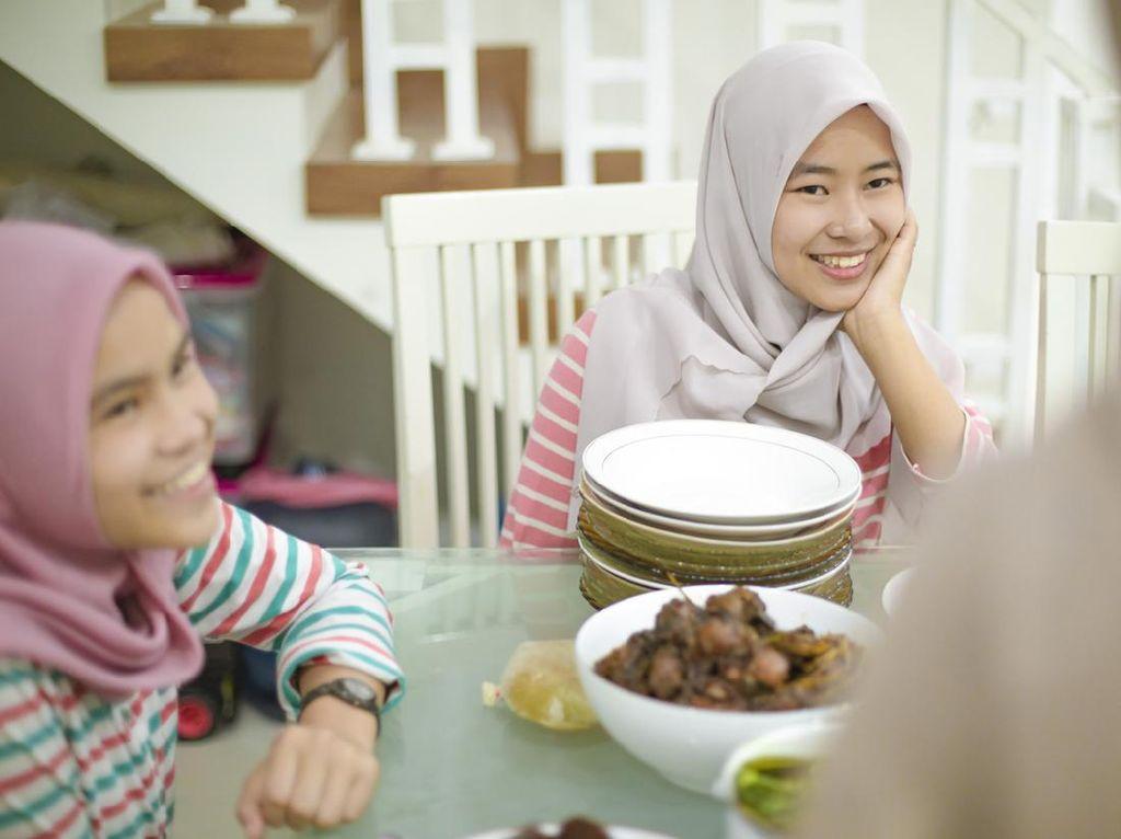 Rekomendasi Makanan yang Baik Dikonsumsi Saat Sahur