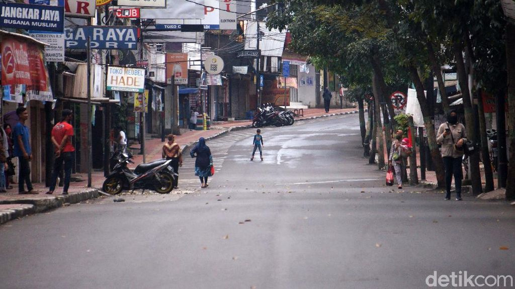 Optimalkan PSBB, Pemkot Cimahi Tutup Sejumlah Jalan