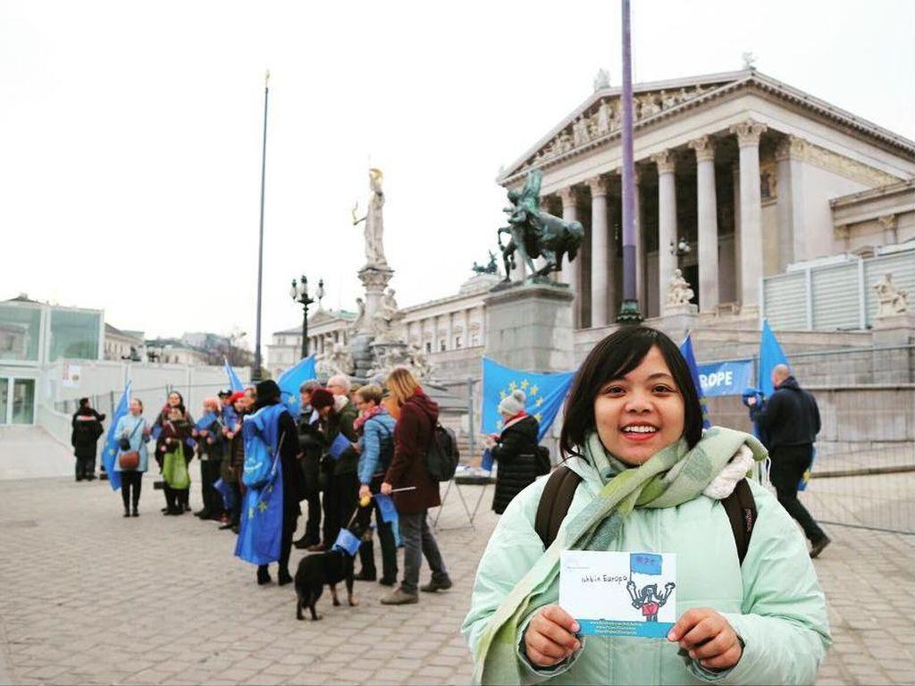 Traveler Ini Batal ke Madrid Pakai Tiket Promo, Qatar Ganti Voucher Belasan Juta