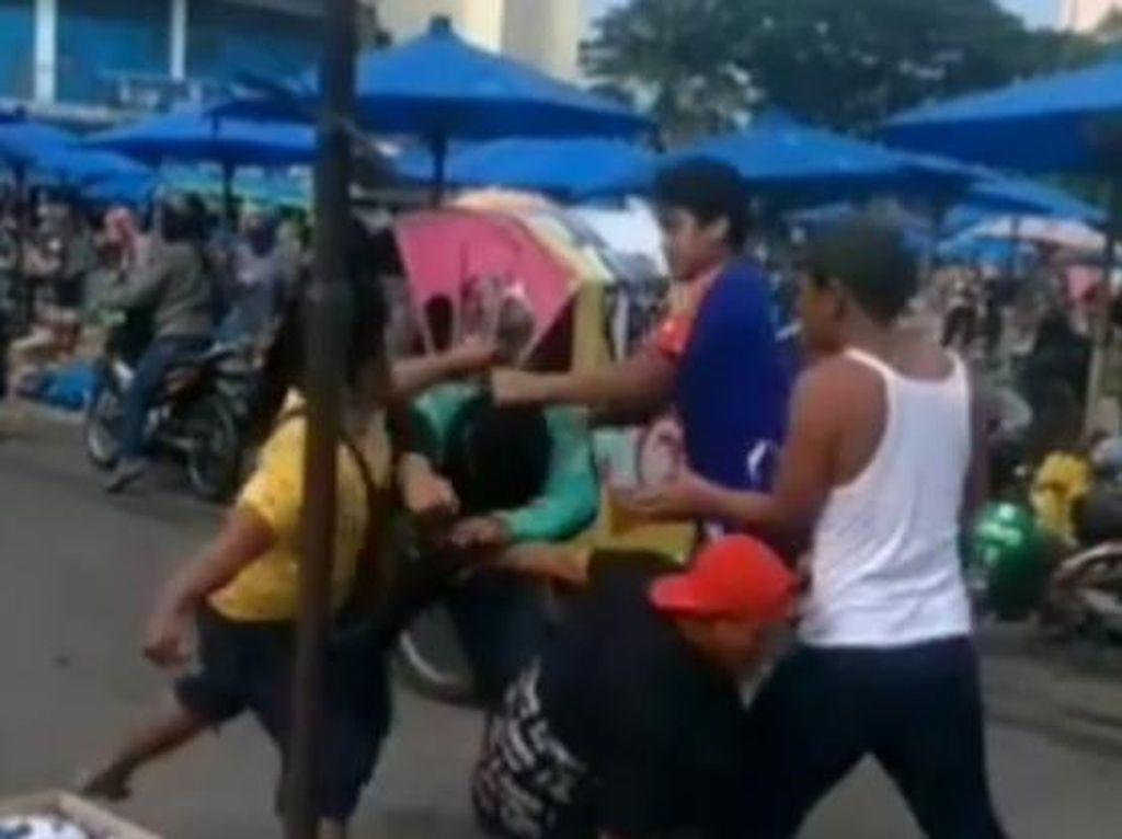 Urusan Uang Parkiran di Balik Ojol Dikeroyok Jukir di Medan
