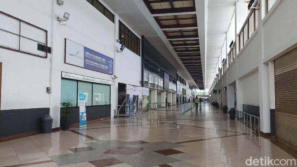 Ditutup, Begini Penampakan Kosongnya Bandara Juanda