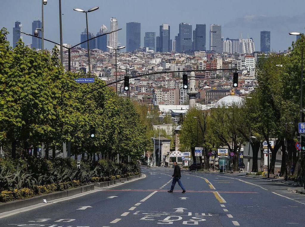 Terus Melonjak, Korban Jiwa Akibat Corona di Turki Tembus 4.000 Orang