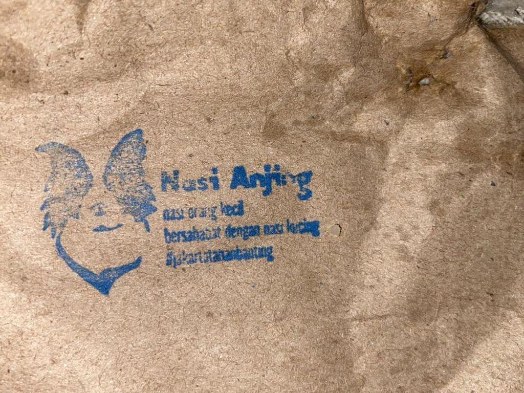 Walkot Jakut soal Pembagian Makanan Berlogo Anjing: Mohon Cara yang Benar
