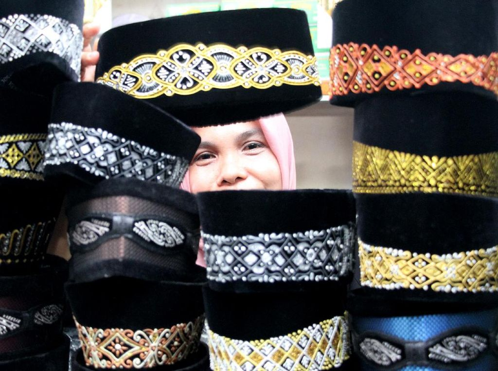 Berkah Ramadhan, Penjualan Peci di Aceh Meningkat