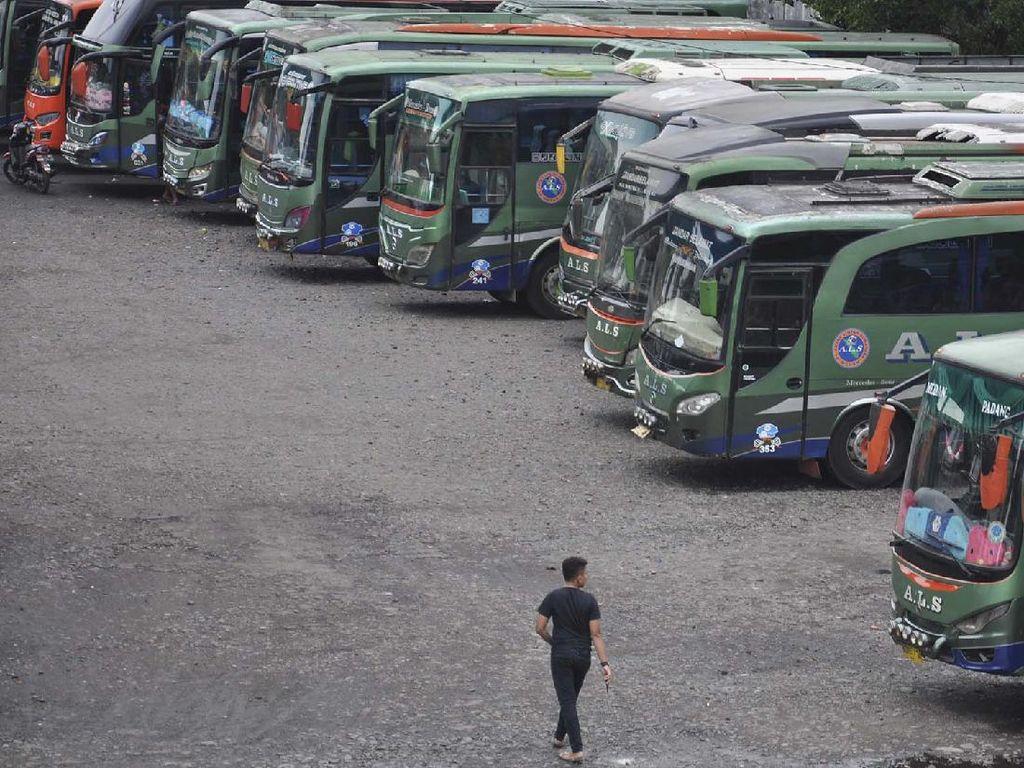 Akal-akalan Pemudik Hindari Razia: Ngumpet di Toilet Bus