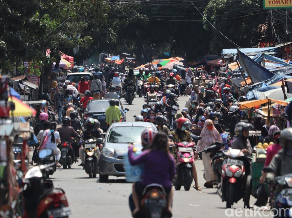 Semua Toko di Pasar Tradisional Bandung Tutup Sementara, Kecuali Sembako