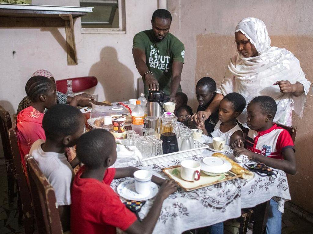 Potret Keseharian Umat Muslim Senegal Berpuasa di Kala Wabah Corona