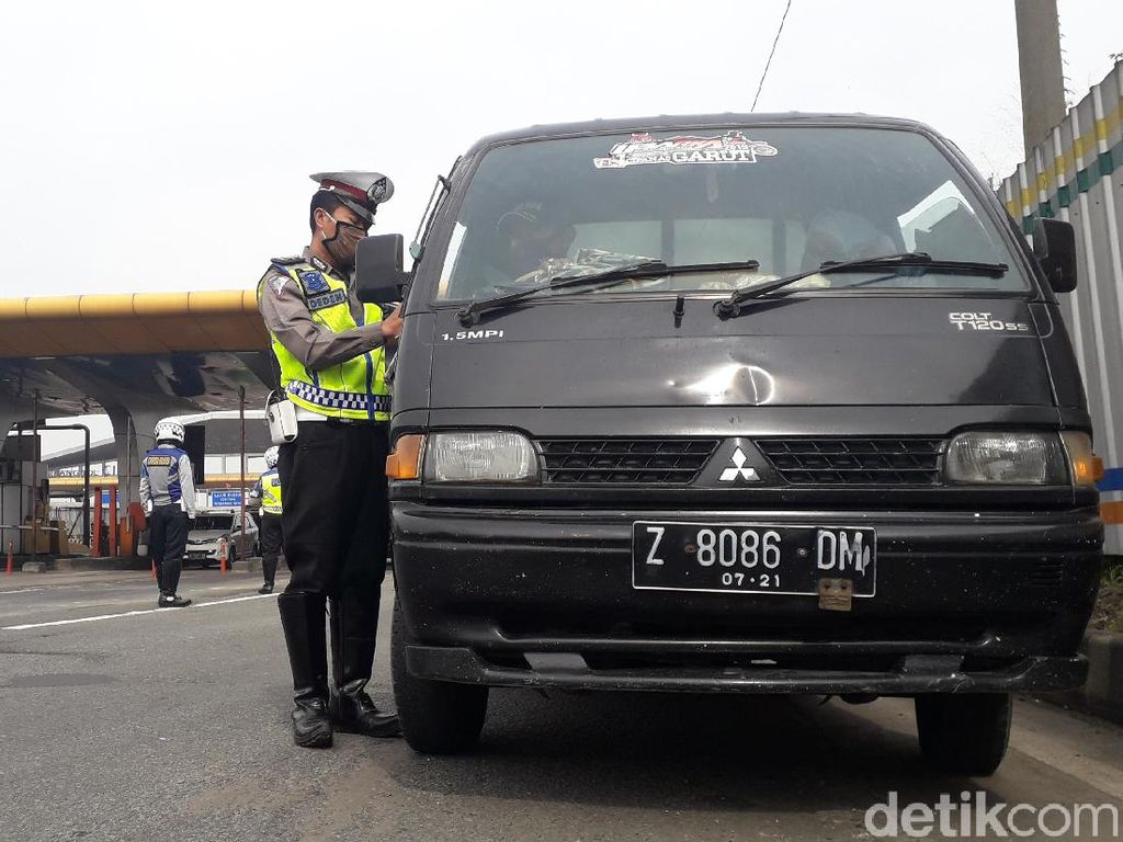 Masih Banyak Mobil Berpelat Jakarta, Kapolresta Bandung: Tidak Tersortir