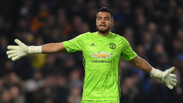 LONDON, ENGLAND - OCTOBER 30: Sergio Romero of Manchester United reacts during the Carabao Cup Round of 16 match between Chelsea and Manchester United at Stamford Bridge on October 30, 2019 in London, England. (Photo by Mike Hewitt/Getty Images)