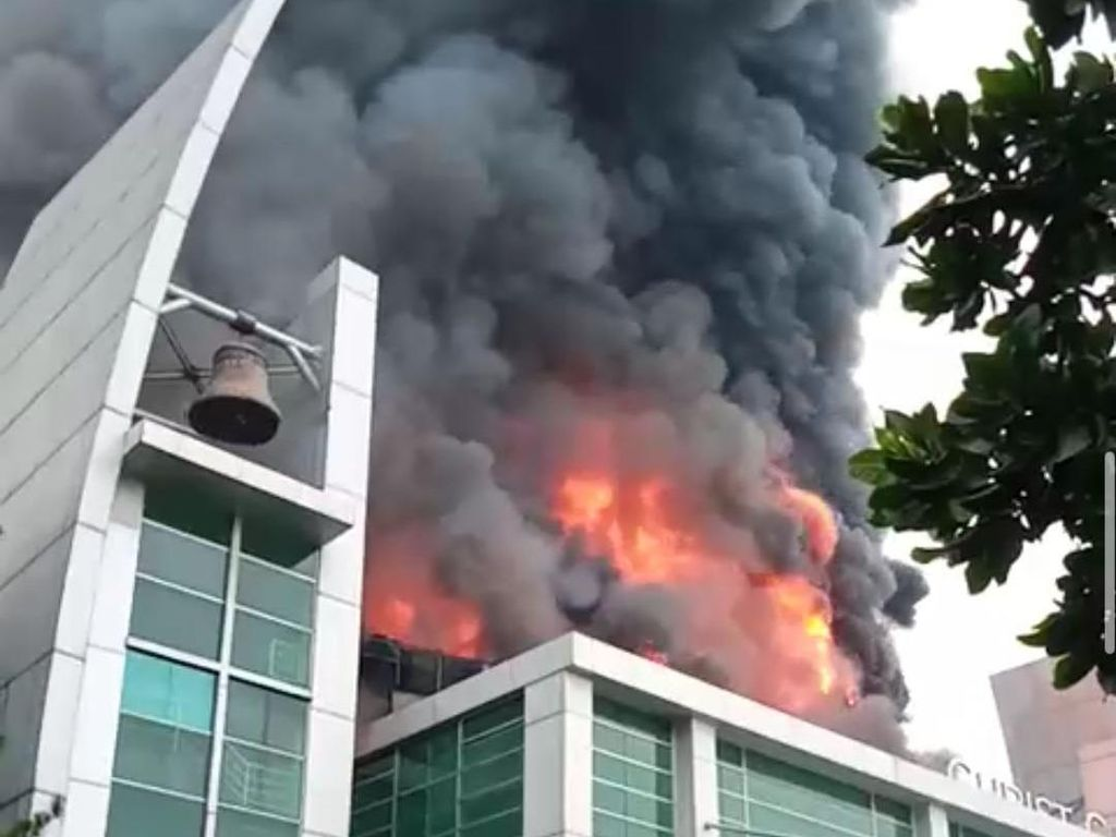 Fakta-fakta Kebakaran Gereja Christ Cathedral di Gading Serpong
