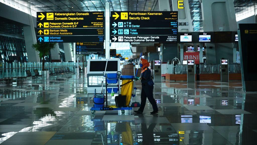 Potret Bandara, Stasiun dan Terminal yang Sepi Imbas Larangan Mudik