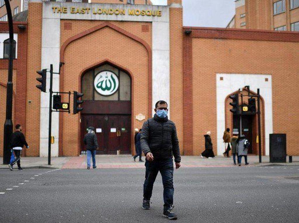 Buka Bersama Masjid di Inggris Dialihkan untuk Warga yang Membutuhkan