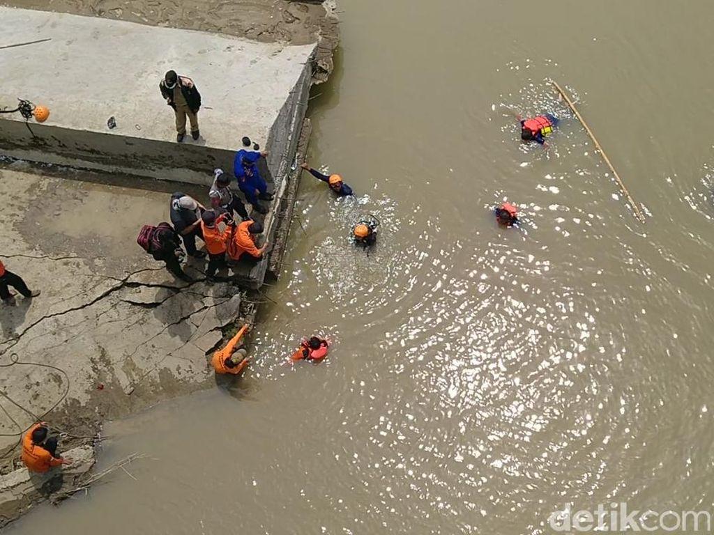 Polisi Cari Jasad Warga Pemalang Dibuang ke Sungai Usai Dibunuh Menantu