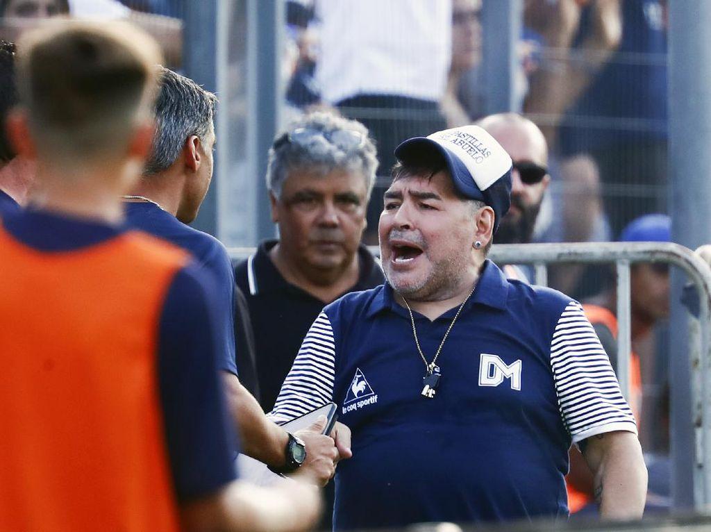 Messi-Ronaldo Berduka Atas Kepergian Maradona