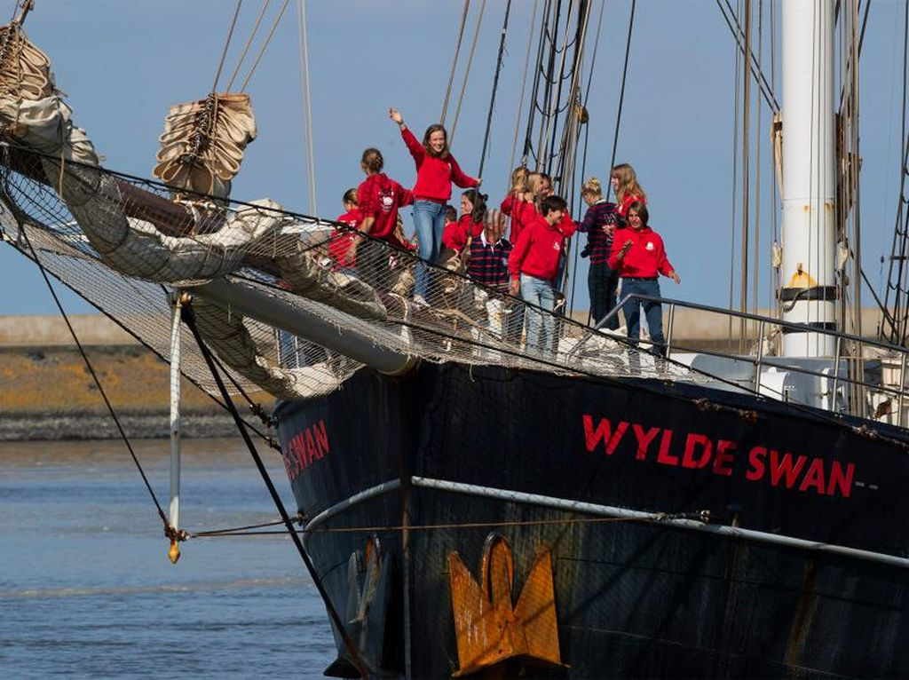 Gagal Terbang Akibat Corona, Pelajar Berlayar dari Kuba ke Belanda