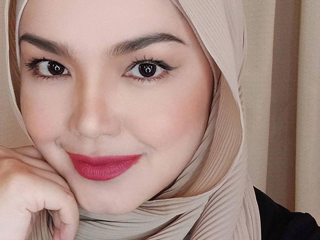 Kabar Bahagia, Siti Nurhaliza Lahirkan Anak Kedua di Usia 42 Tahun