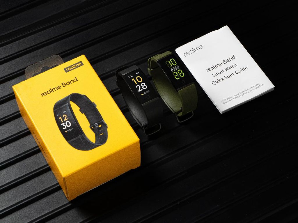 Biar Kamu Tetap Aktif Selama Ramadhan, Realme Rilis Smartband Rp 300 Ribuan