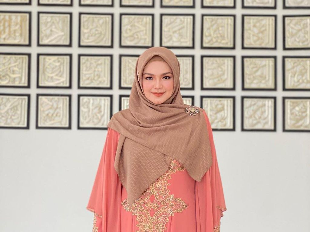Hamil Anak Kedua, Siti Nurhaliza Lebih Emosional