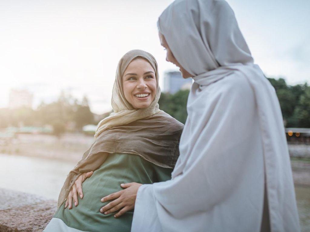 Hukum Puasa Ramadhan bagi Wanita Hamil dan Menyusui