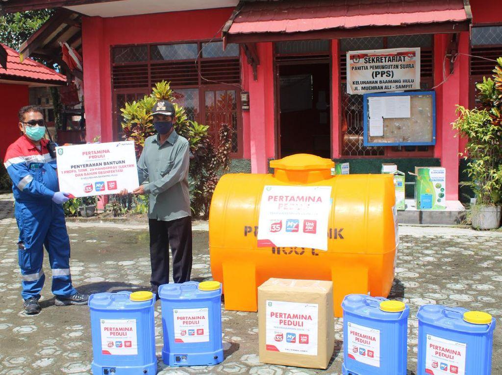 Pertamina Bagikan Tandon Air hingga Cairan Disinfektan di Kalteng