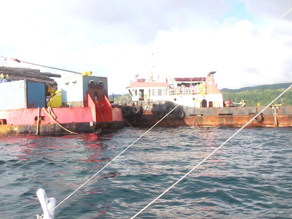 Warga Barru Larang ABK Kapal Terdampar dari Jakarta Turun, Takut Bawa Corona