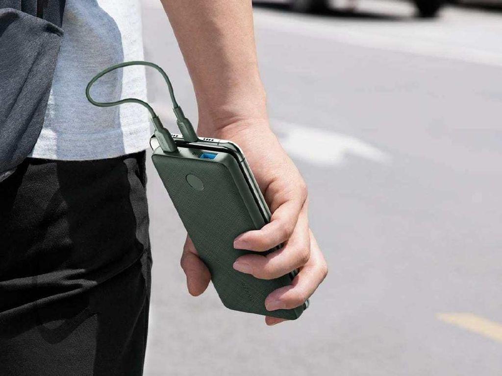Anker Rilis Powerbank Mirip iPhone SE