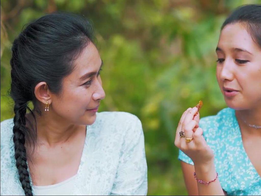 Sunda Pisan, Ini Cara Happy Salma Silaturahmi Lewat Kuliner