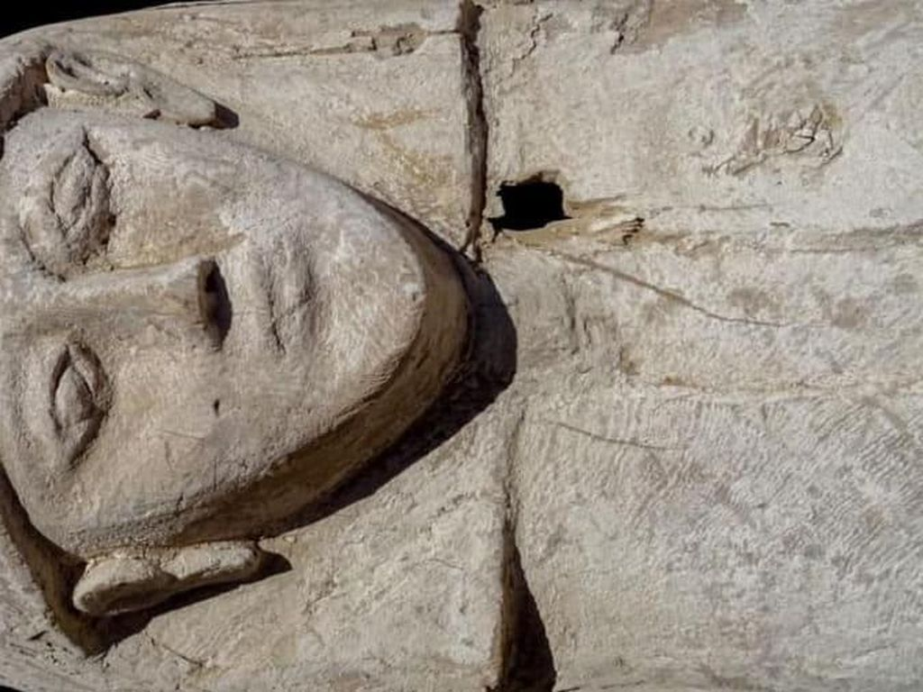 100 Mumi Telah Ditemukan di Mesir, Tapi Ada Hal yang Jadi Misteri