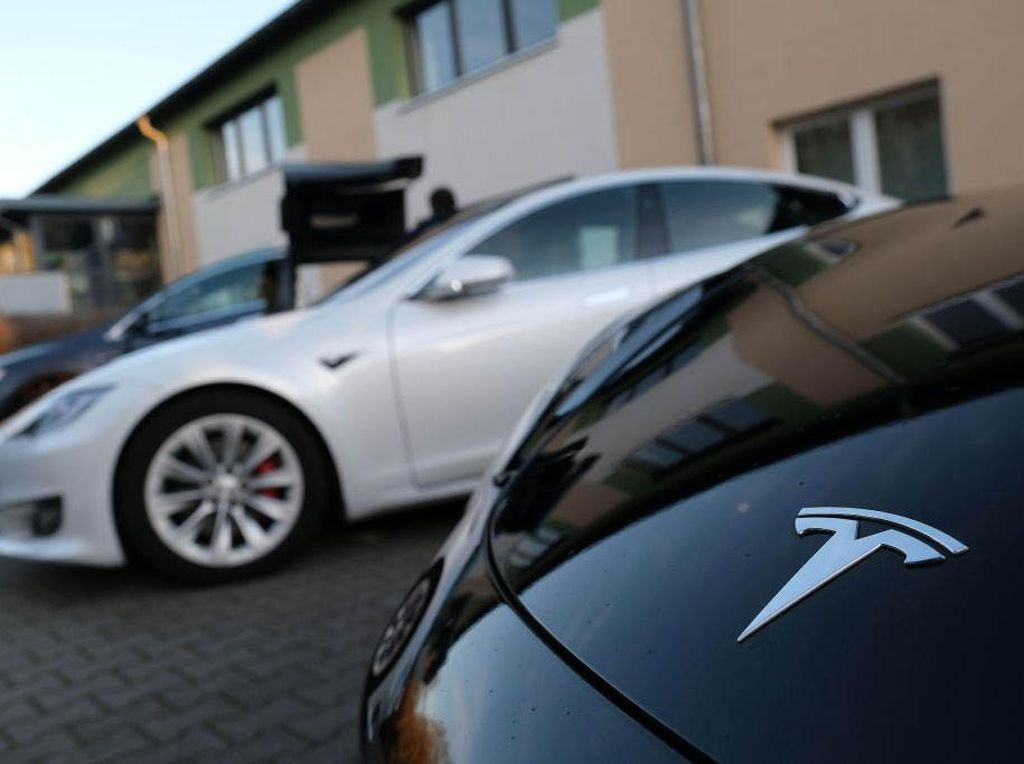 Tesla Makin Kuat di China, Bangun 6.000 Stasiun Supercharger Mobil Listrik