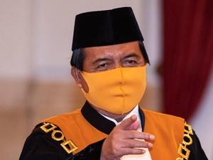 Lepas Tawa Ketua MA saat Tepis Vonis Koruptor Kerap Dipangkas