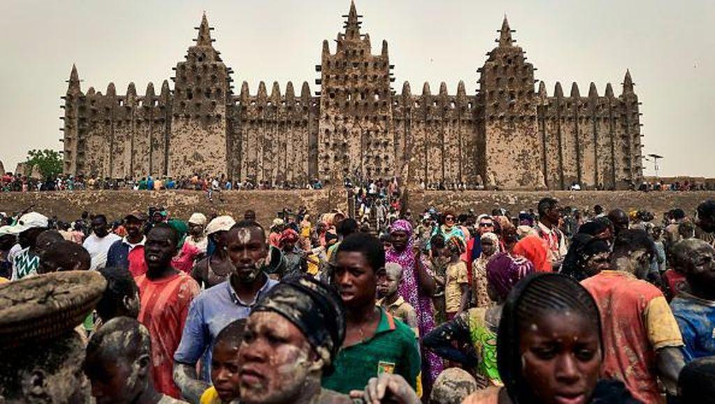 Menapak Tilas Sejarah Perkembangan Islam di Dataran Afrika