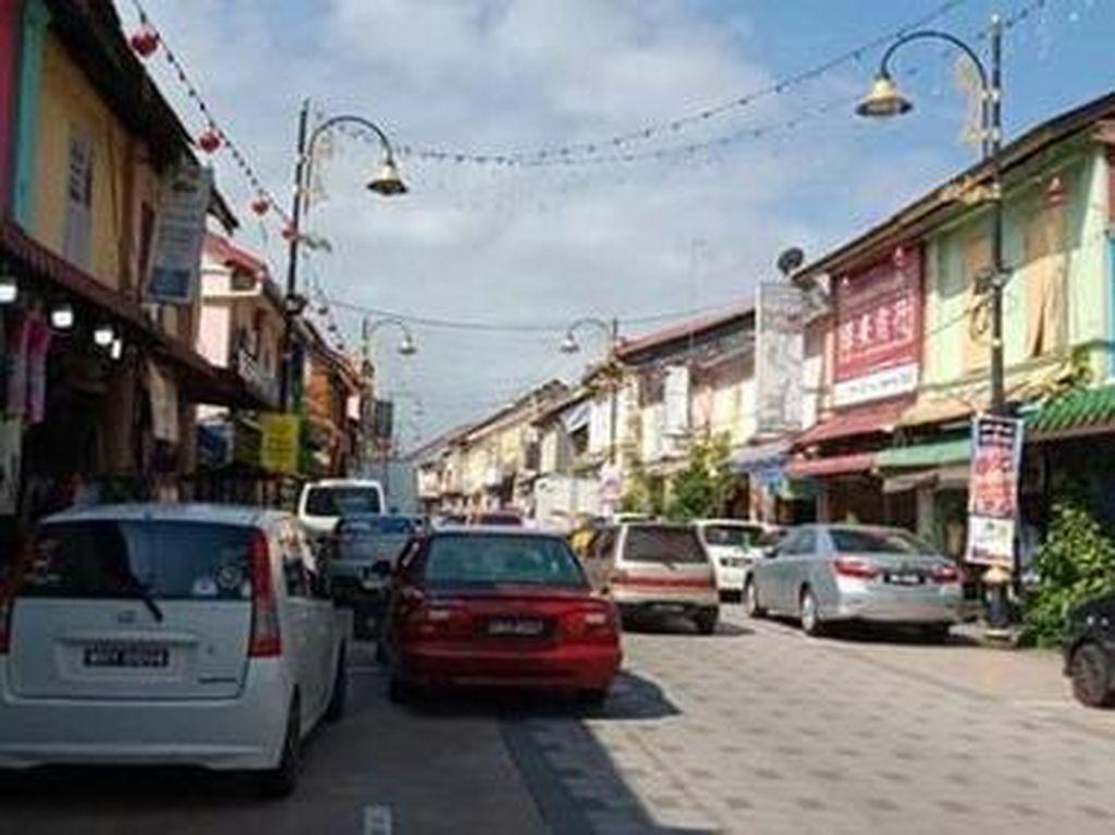 Menyusuri Pecinan Kuala Terengganu Malaysia yang Berumur 300 Tahun
