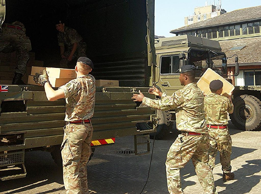 Obat Nyamuk Semprot Dipakai Tentara Inggris untuk Cegah Corona