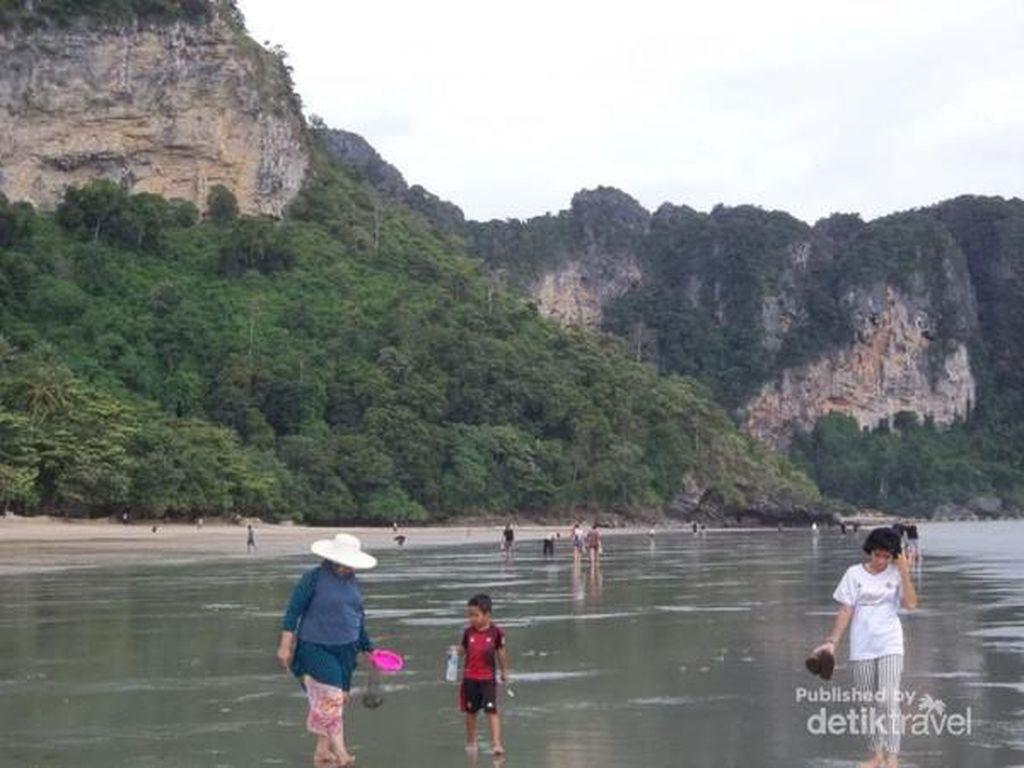 Begini Rupanya Pesona Pantai Ao Nang Krabi