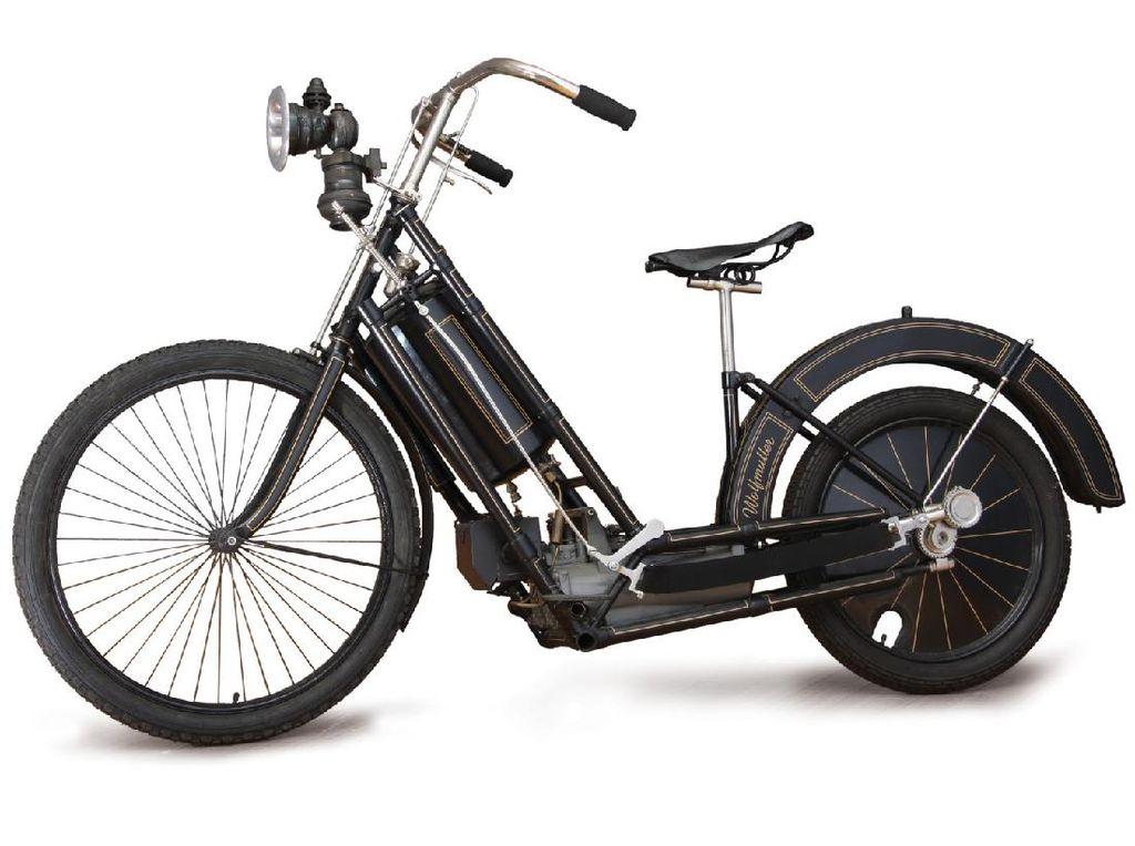 Ada Sejak 1893, Siapa Pemilik Sepeda Motor Pertama di Indonesia?