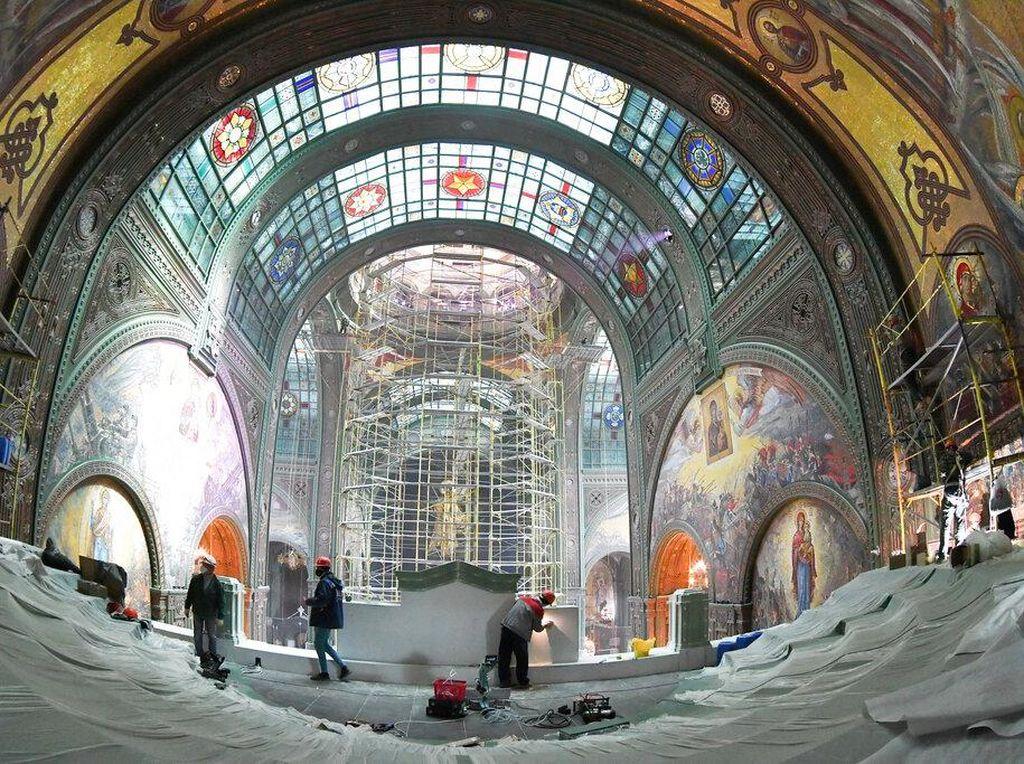 Potret Megahnya Katedral Angkatan Bersenjata Rusia