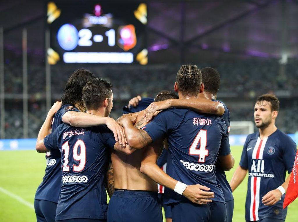 PSG: Titel Juara Liga untuk Para Petugas Medis